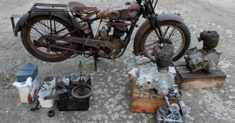 Projet de restauration Gillet Herstal 400L de 1932 «sortie de grenier» + 2 moteurs + lot de pièce – CGC -3990€