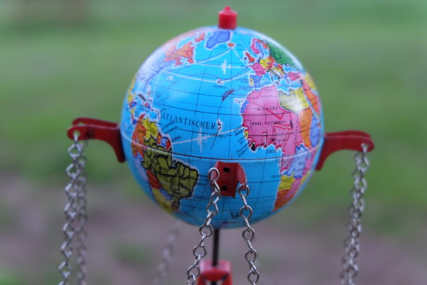 «Le monde est assez grand pour satisfaire les besoins de tous, mais ne le sera jamais assez pour satisfaire la cupidité de quelques-uns»Gandhi
