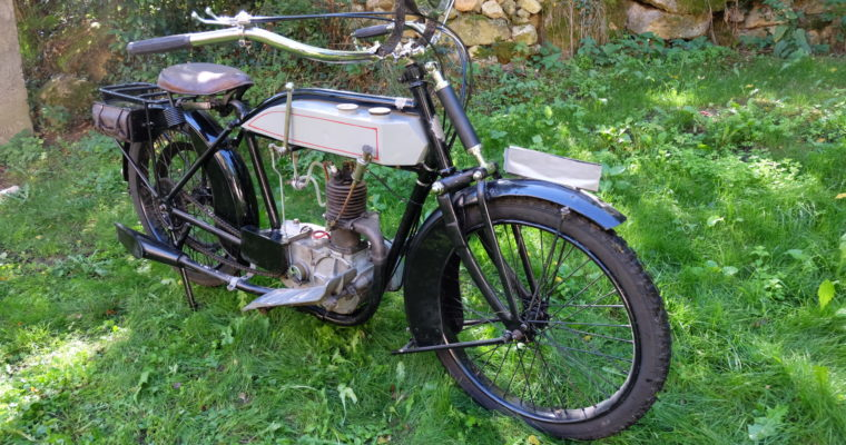 Motocyclette Alcyon moteur Ballot 2 temps 265 cc